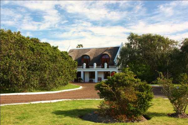 Immobilien Südafrika: Traumliegenschaft 180km von Kapstadt
