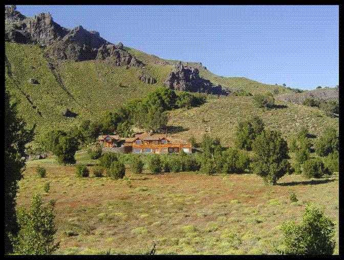 Immobilien Argentinien: Tolle Ranch mit mehreren Häusern, Reiten, Seen, Wintersport