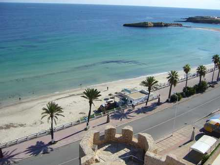 Immobilien Tunesien: Hausvermietung in Monastir mit garage