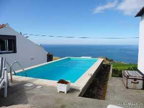 Immobilien Portugal  Nordeste Haus kaufen Joachim Ott-Immobilien, Portugal, Azoren, Nordeste, gepflegtes Haus, Pool, Meerblick, Investment