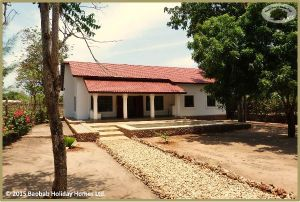 Neu erbauter Bungalow in ruhiger Lage /  New built Bungalow  in quiet location (ID-161)