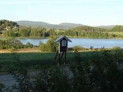 Holzhaus in Mittelschweden mit Alleinlage und Seeblick