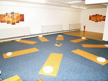 Raum für Gymnastik oder Musikunterricht zu vermieten