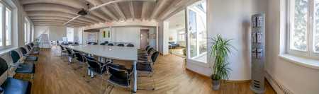 Stilvoll eingerichteter, heller Seminar- und Konferenzraum in Dresden-Plauen