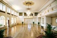 Ballsaal und Bar für alle Arten von Events