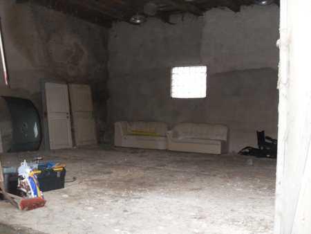 Trockene Halle/ Raum/ Garage zu vermieten, 4€/ m²